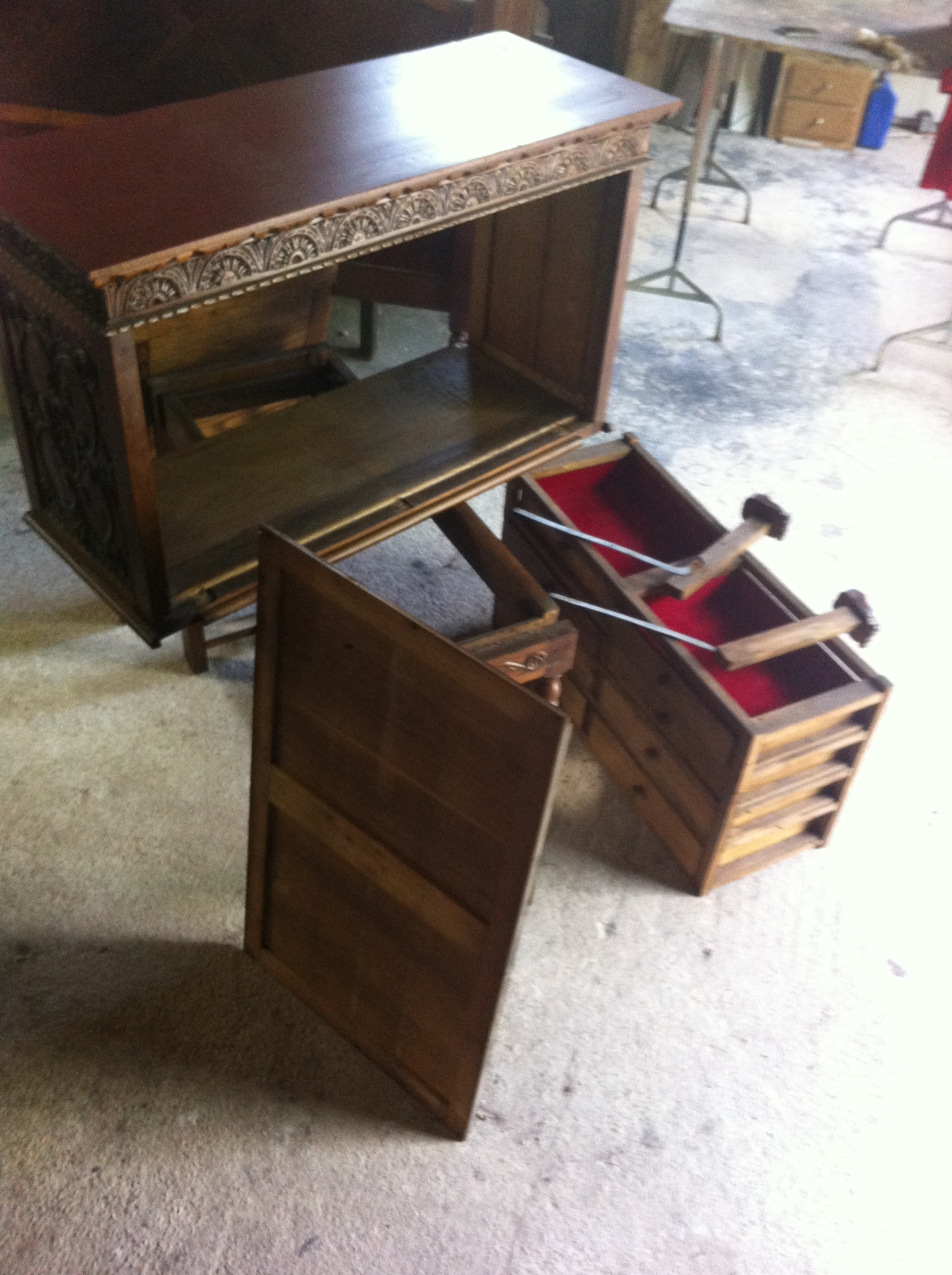 Galeria de trabajos restauracion de muebles asturias for Muebles antiguos asturias